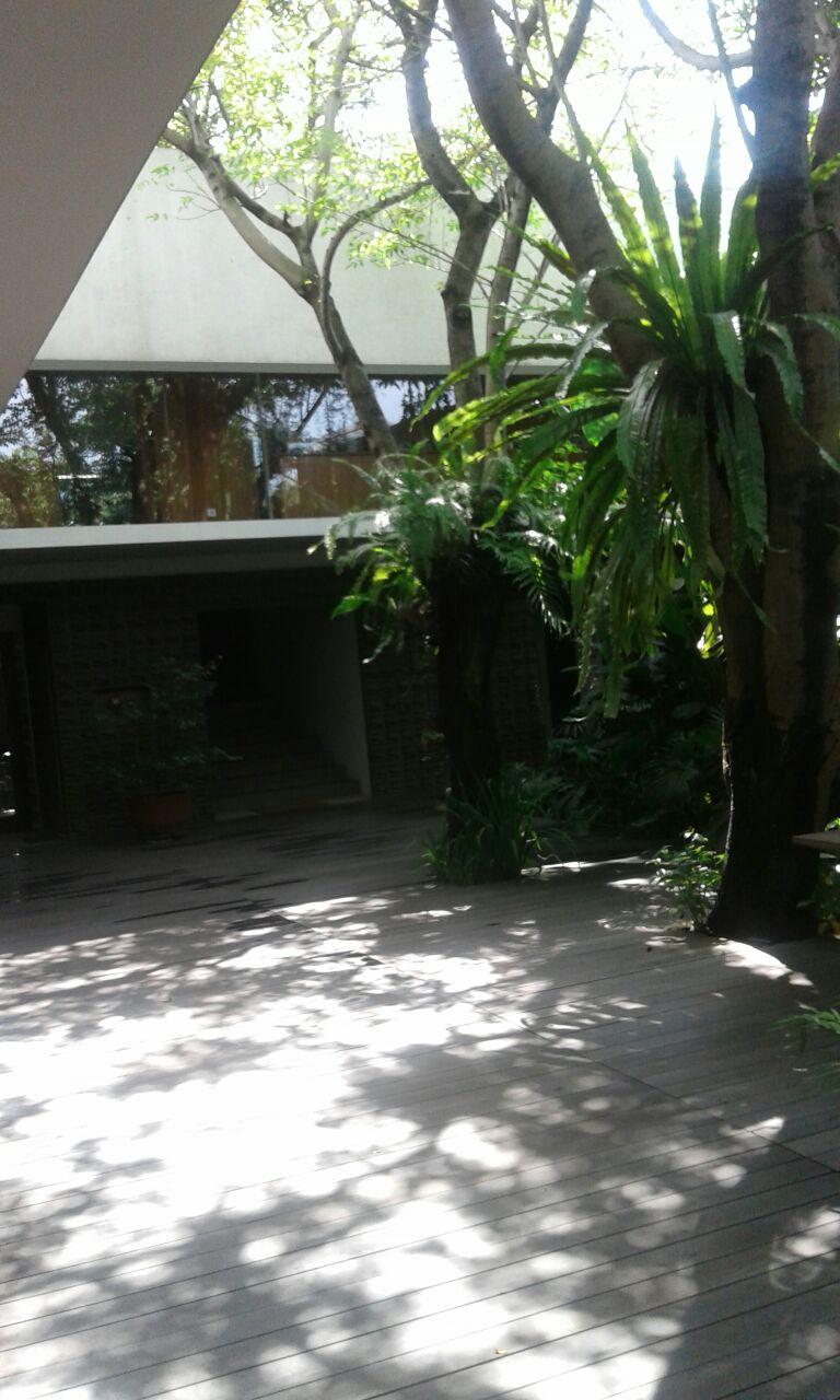 WTS Rumah Asri design klasik dalam cluster di Jati Padang sejuk dan aman